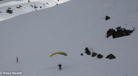 Frendo spur ski descent-212