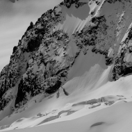 Skiers in the Vrai Vallee Blanche