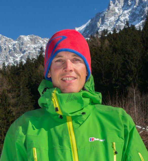 Ross Hewitt1