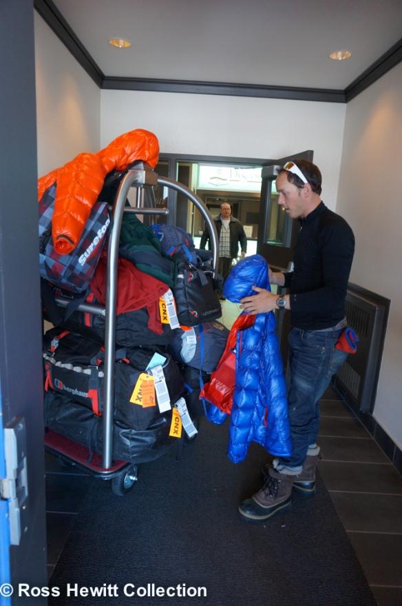 Baffin Berghaus Black Crows Ski Mounatineering Expedition-2